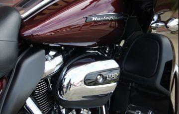 Harley-Davidson Road Glide Ultra - Foto #2
