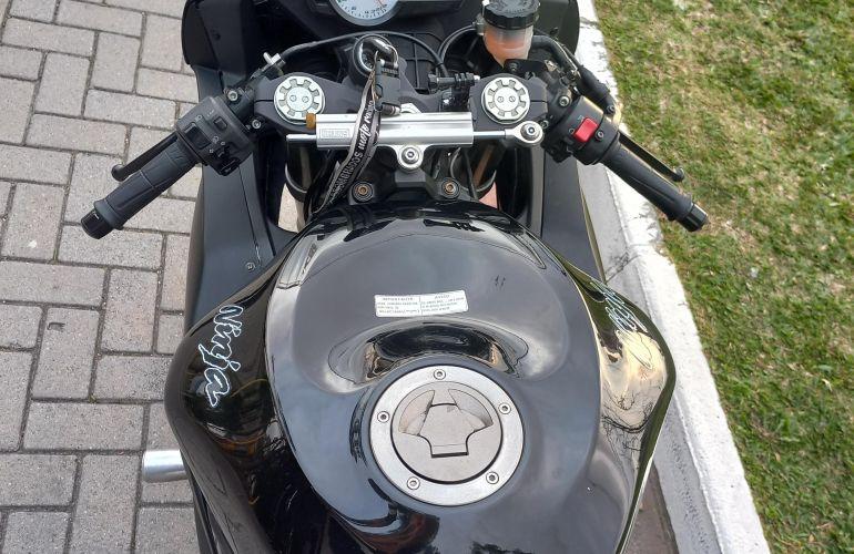 Kawasaki Ninja Zx 6R - Foto #10