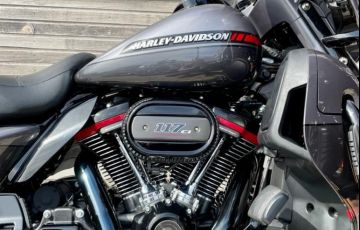Harley-Davidson Cvo Limited - Foto #7