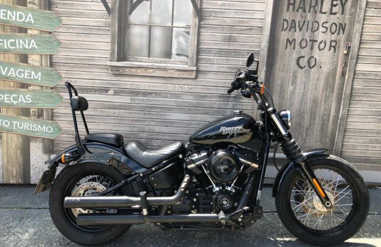 Harley-Davidson Softail Street Bob - Foto #1