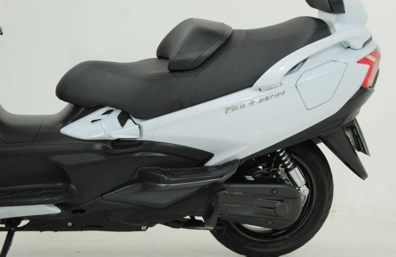 Suzuki Burgman 650 Executive - Foto #4