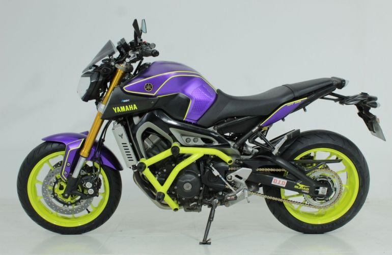 Yamaha MT 09 - Foto #2